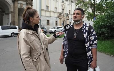 """Koronavirus je výmysl!"" Co všechno nám řekli lidé v ulicích Prahy? (Anketa)"