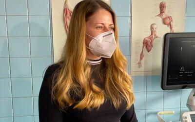 """""""Mala som 140 pulz, cítila som silné búšenie srdca a tlak na hrudníku. Netušila som,čo mi je,"""" tvrdí Simona, trpiaca Long Covidom"""