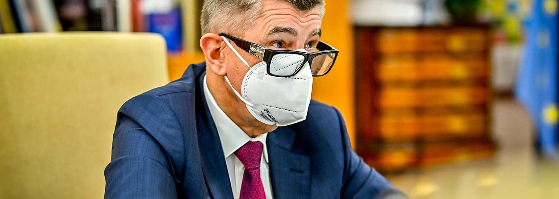 """""""Vláda KSČM zneužila a odkopla."""" Širší vedení komunistů chce vypovědět toleranční smlouvu s ANO"""