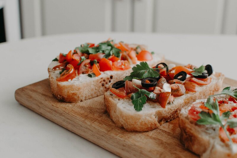 Čo ti nesmie chýbať, ak pripravuješ tradičnú bruschettu?