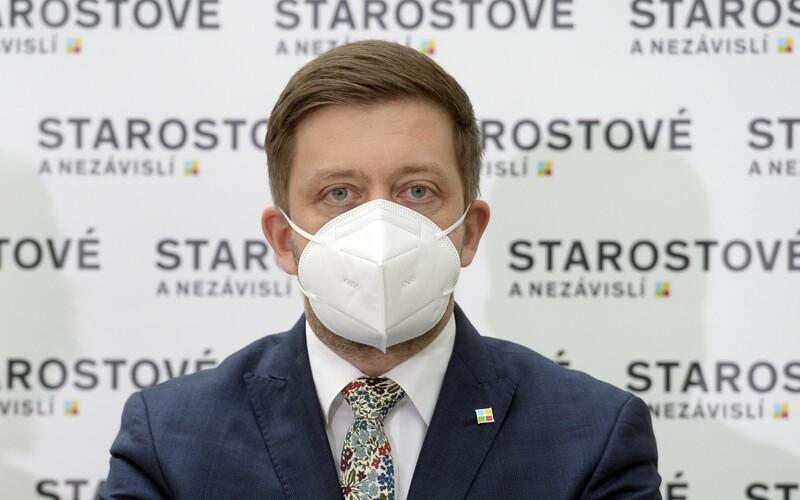 Vít Rakušan a Petr Fiala v televizní debatě porazili Andreje Babiše. Rozhodli diváci.