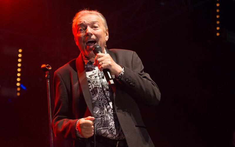 V listopadu vyjde vánoční skladba Karla Gotta a kapely Kryštof.