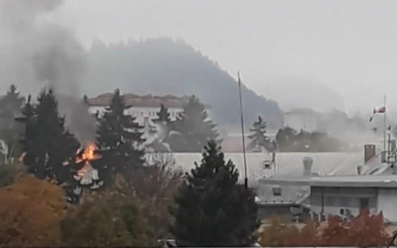 V nemocnici v Ružomberku horelo dvakrát, požiar najprv dostali pod kontrolu, ale neúspešne. Na vine je elektrický skrat.