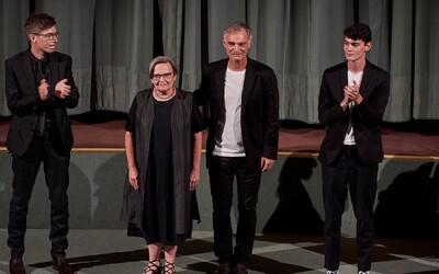 Český lev: Krajina ve stínu má 15 nominací, o jednu méně získal Šarlatán