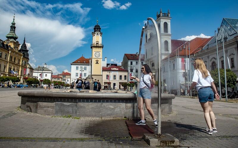Na Slovensko sa valí vlna horúčav. V pondelok bude na niektorých miestach až 30 stupňov.
