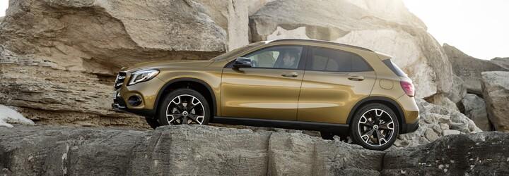 Obľúbený crossover GLA prešiel faceliftom. Do oka padne najmä 381-koňové AMG s atraktívnym bodykitom
