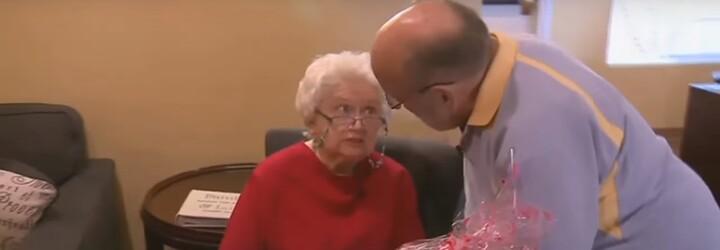 Své ženě dává na Valentýna 39 let stále stejný dárek. Pro staříka má tradice mimořádný význam