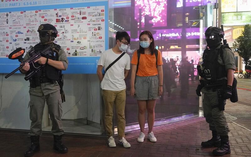 Azyl v Česku pro obyvatele Hongkongu? TOP 09 chce přimět vládu, aby pomohla lidem v nebezpečí před čínskými komunisty.