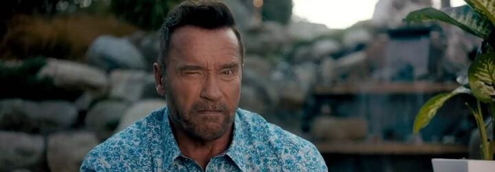 Arnold Schwarzenegger je v akčnej komédii Killing Gunther najlepším zabijakom, ktorý si zo svojich protivníkov robí trhací kalendár