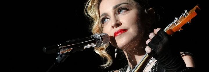 Nikdy nevidené nahé fotky 18-ročnej Madonny sú na predaj. Slávna speváčka na nich ukázala všetko