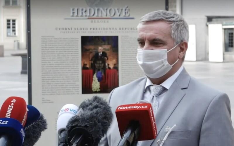 Kancléř Mynář: Ceremoniál se konat nebude, primátor Hřib by si měl nafackovat.