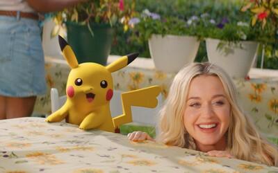 Katy Perry v novom videu spieva po boku Pikachua. Je to jej najlepší kamarát, spoločne spomínajú na staré časy.