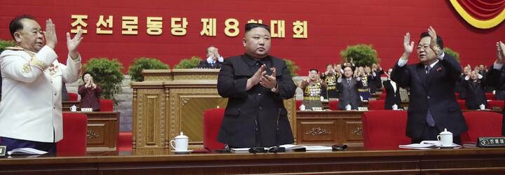 Severní Korea opět testuje rakety. Řízená střela dlouhého doletu urazila 1 500 kilometrů a zasáhla cíl