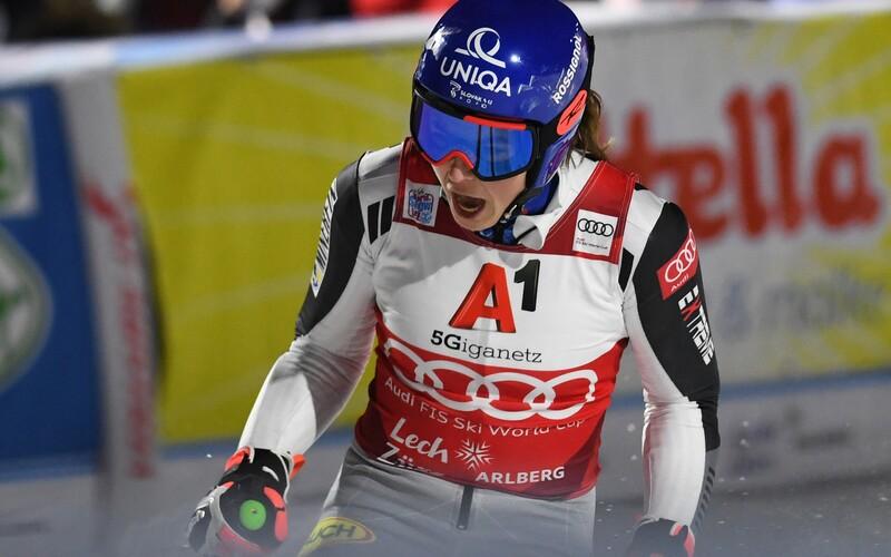 Petra Vlhová opäť boduje! Vyhrala paralelný obrovský slalom.