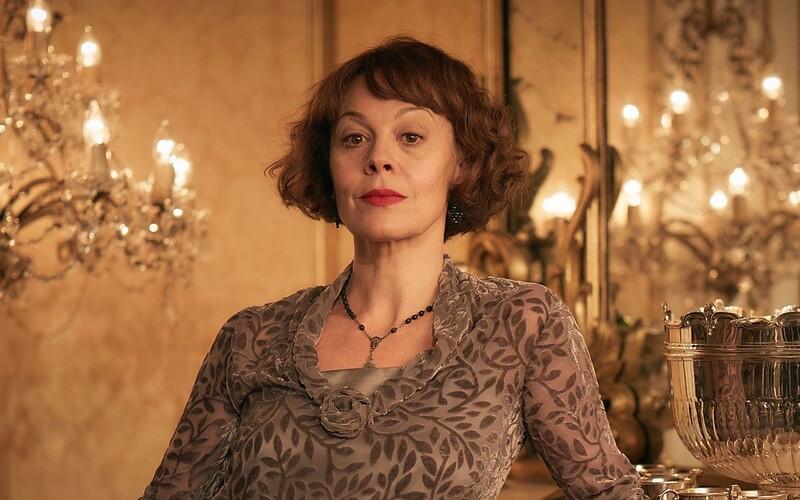 Zosnulá herečka Helen McCrory povedala svojmu mužovi, aby mal po jej smrti množstvo frajeriek.