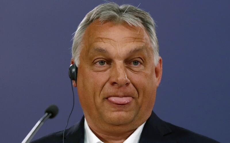 Maďarsko zakázalo úřední registraci změny pohlaví.