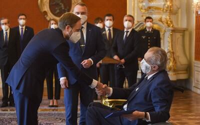 Zeman právě jmenoval nového ministra zahraničí Jakuba Kulhánka. O Vrběticích nepadlo ani slovo.