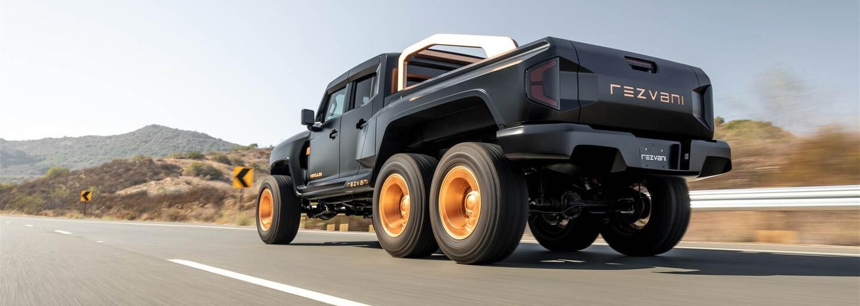 1 318 koní, 3 nápravy, pancéřování a cena přes 600 tisíc dolarů. To je extrémní pick-up Hercules 6x6