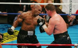 10 brutálních knockoutů Mikea Tysona: Sleduj, jak v ringu ničil jednoho soupeře za druhým