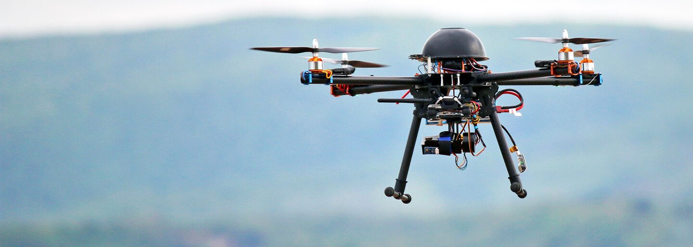 10 důvodů, proč jsou drony užitečnými pomocníky v moderním 21. století