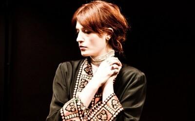 10 najlepších skladieb ryšavej lesnej víly Florence a jej kamošov the Machine