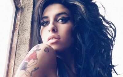10 najlepších skladieb úžasne talentovanej Amy Winehouse