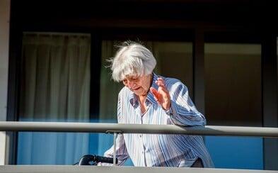 107-ročná babička sa vyliečila z koronavírusu. Rodina si myslela, že ju už nikdy neuvidia, potom prišla radostná správa