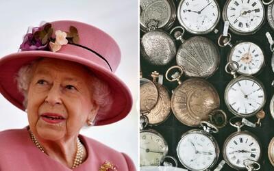 Služobníctvo kráľovnej Alžbety II. strávilo 40 hodín prestavovaním jej zbierky tisícich hodín, pretože sa menil letný čas na zimný.