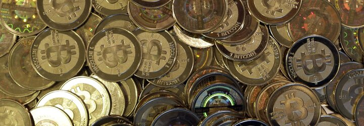 Bitcoin po šnúre rekordov prepadol, nie je to prvýkrát. Ako sa z neho stala najsilnejšia kryptomena a kam smeruje?