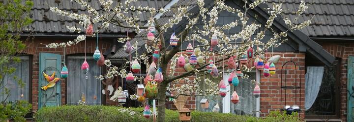 Takto budou vypadat letošní Velikonoce. Na chatu se nepojede, obchody budou zavřené