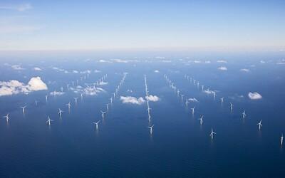 150 turbín stojacich až 85 kilometrov od pobrežia. Holandsko spustilo svoju najväčšiu veternú elektráreň
