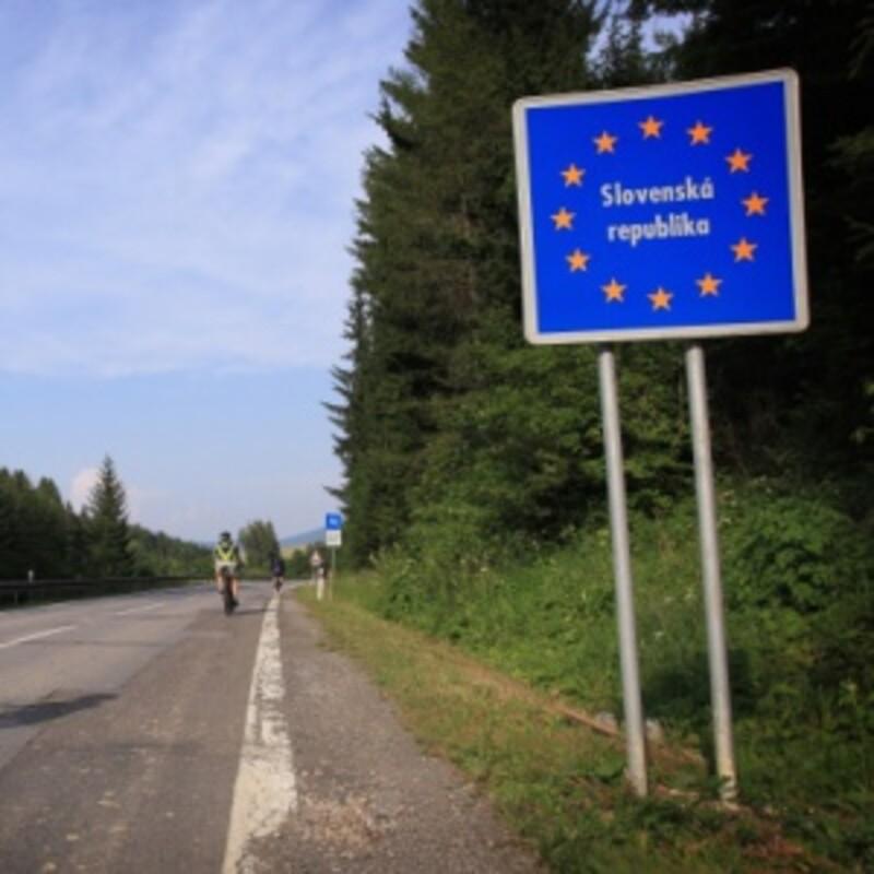 Najdlhšiu hranciu (654 km) má Slovensko s Poľskom