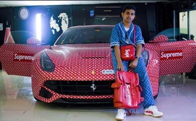 15-ročný Rashed polepil svoje Ferrari kolaboráciou Supreme x Louis Vuitton. Syn miliardára ho bude môcť šoférovať najskôr o tri roky