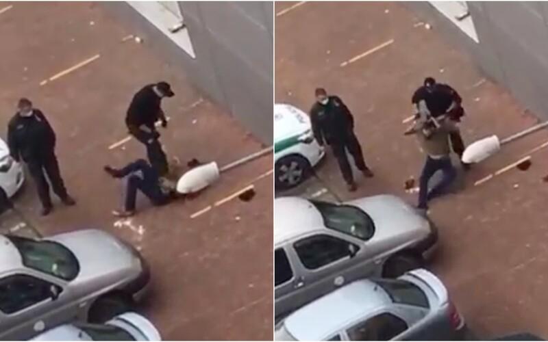 VIDEO: Slovenský policista brutálně zbil mladíka na zemi. Uštědřil mu rány pěstí, kopance a postavil se mu na břicho.