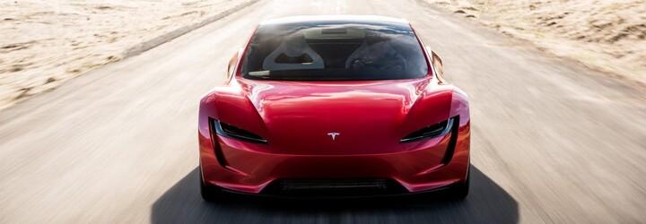 Elon Musk potvrdil, že Roadster s raketovými tryskami zrýchli z 0 na 100 km/h za približne 1,1 sekundy