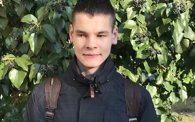 19-ročný vysokoškolák z Košíc to chce o 4 roky dotiahnuť na paralympiádu: To, že som nevidiaci, ma neobmedzuje (Rozhovor)
