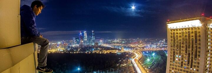 Mladý Rus miluje obrovské výšky a krásne výhľady. Jeho extrémne kúsky dokážu mnohých pobúriť, no aj zaujať