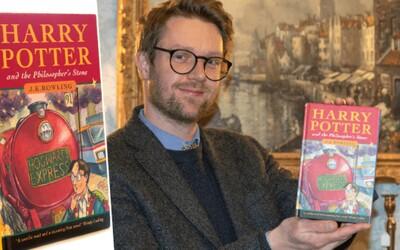 Vzácný výtisk Harryho Pottera málem prodali za drobné. Má však hodnotu zhruba 1,5 milionu korun.