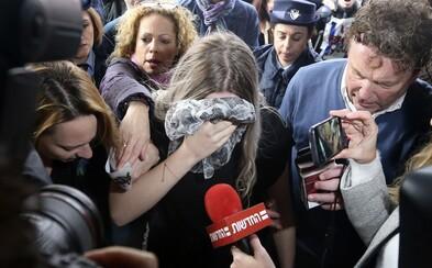Devatenáctiletá dívka lhala, že ji znásilnilo 12 chlapců. Cítila se totiž zahanbená, že si ji natočili na mobil
