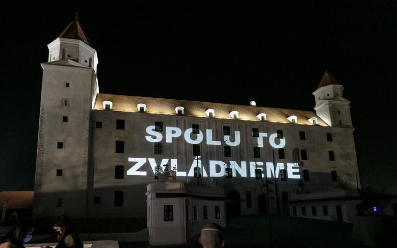 Úplný zákaz vychádzania? Bratislava vypracovala tri scenáre, ako môže dopadnúť koronavírusová kríza.