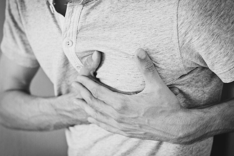 Čo by si urobil, keby osoba vedľa teba dostala srdcový záchvat, teda infarkt?