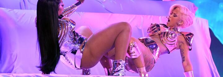Cardi B a Megan Thee Stallion čelí stížnostem, jejich vystoupení na Grammy přirovnávají k pornu
