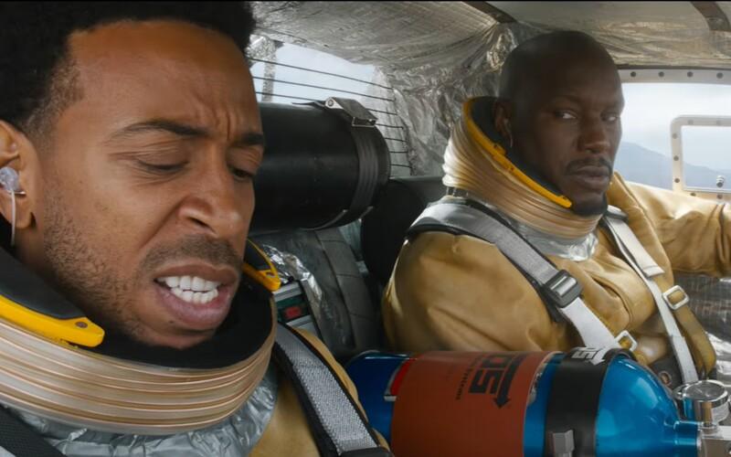 Rychle a zběsile 9 jde do vesmíru. Sleduj šílený trailer plný akce se špatnými efekty.
