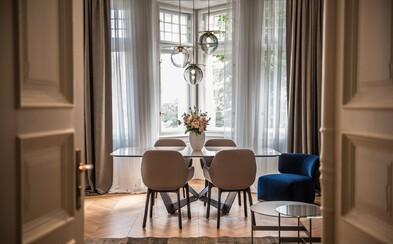 2-izbové hniezdočko v srdci Prahy s nadčasovým zariadením. Pařížská ulica odhaluje prenájom snov