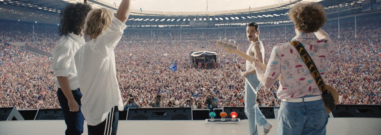 20minutové srovnání Bohemian Rhapsody s Live Aid koncertem tě přesvědčí, že Rami Malek dokonale zkopíroval Freddieho Mercuryho