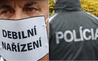 20-ročný Michalovčan si odmietol dať rúško v exteriéri a napadol policajta, hrozí mu doživotie