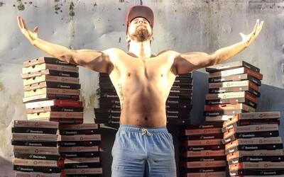 222 dní v kuse jedl pizzu a stal se svalnatějším, silnějším a s menším podílem tuku