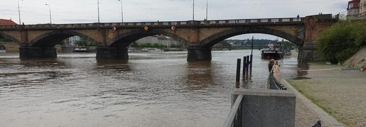 V Česku o víkendu hrozí povodně, meteorologové varují před dalším stoupáním hladin řek