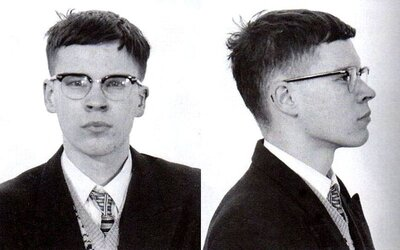 """S gangom """"500 neviditeľných kamarátov"""" zabíjal deti. 17-ročný sériový vrah ich nútil, aby sa vyzliekali do naha"""