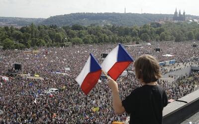 250-tisíc ľudí na proteste v Prahe žiada demisiu Andreja Babiša